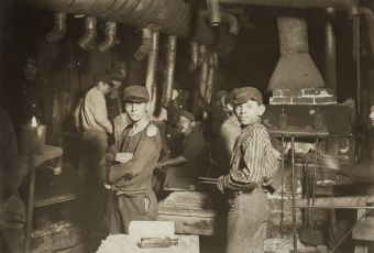 "Hine, ""Child laborers at midnight in glassworks,"" Indiana, 1908"