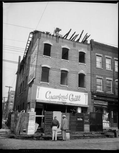 Charles Teenie Harris, Crawford Grill