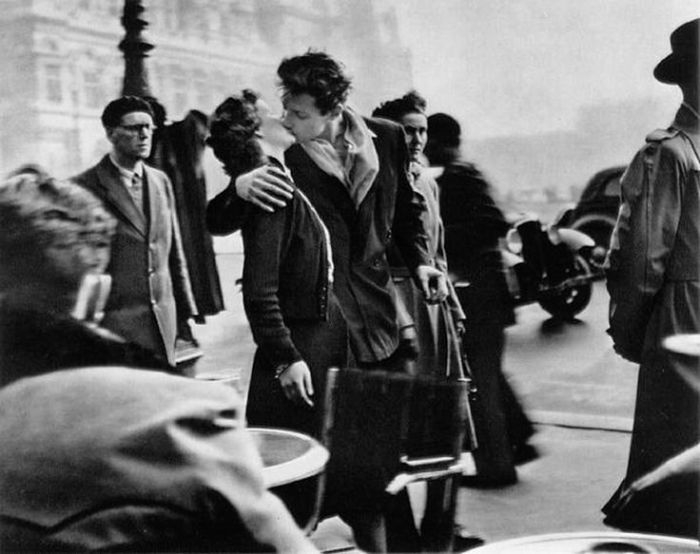 "Doisneau, ""Kiss by the Hotel de Ville,"" 1950"