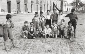 """""""Plaza de los Hombres del Mar,"""" Robert Frank, 1950"""