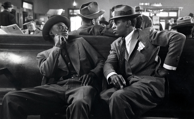 Two Men, Greyhound Bus Terminal, NYC, 1947, Esther Bubley
