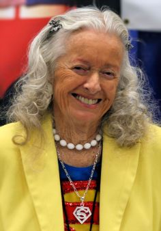 "Noel Neill, former TV ""Lois Lane,"" 95"